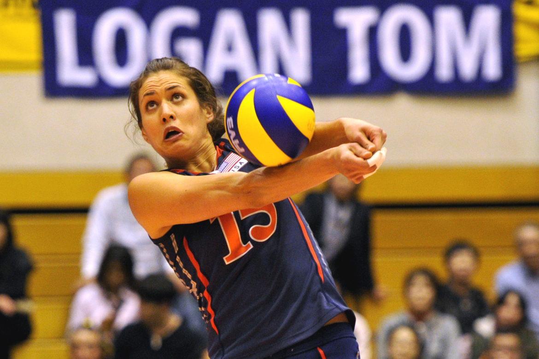 Women´s World Championships 2010 First Round in Matsumoto (JPN)  USA vs. Kazakhstan (KAZ)  Logan Tom (#15 USA) *** Local Caption ***